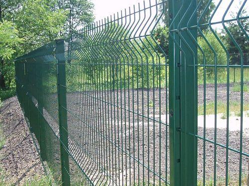 фото сетка на забор